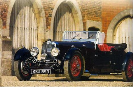 Mk II 1934 sur châssis long. La calandre thermostatique est bien visible